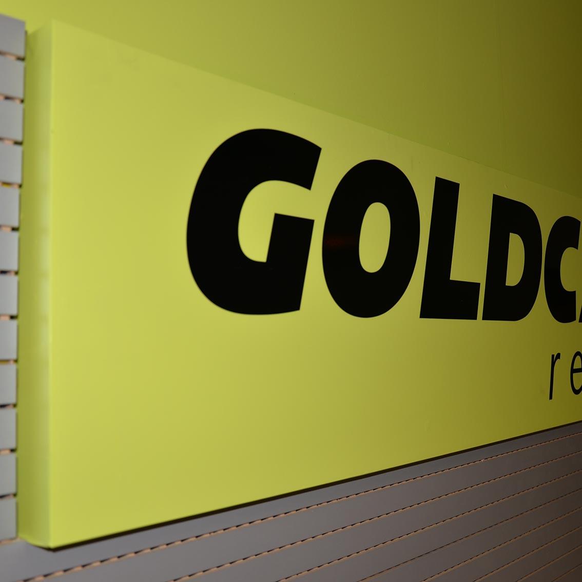 rotulacion local goldcar 02