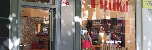 rotulacion tienda pamplona pituka